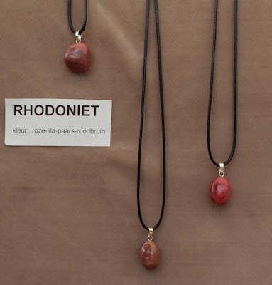 Rhodoniet edelsteen (Tanzania) roze-lila-paars-roodbruin  1 Edelsteen